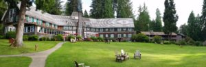 The beautiful lodge at Lake Quinault, very scenic and relaxing